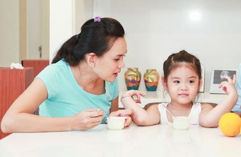 Ăn sữa chua đều giúp xương bé chắc khỏe