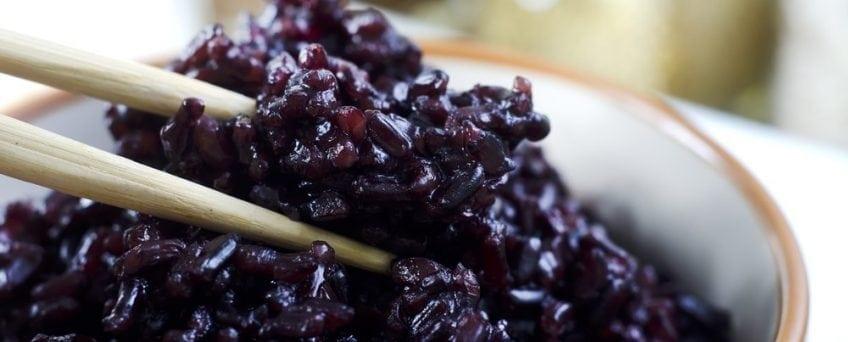Cách nấu gạo tím than với 3 bước đơn giản 1
