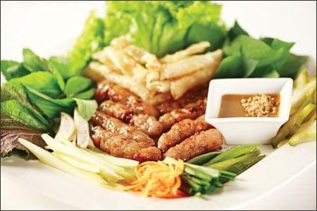 Món nem nướng Phan Thiêt