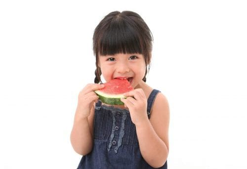 Using senses promotes vege eating in preschoolers 10