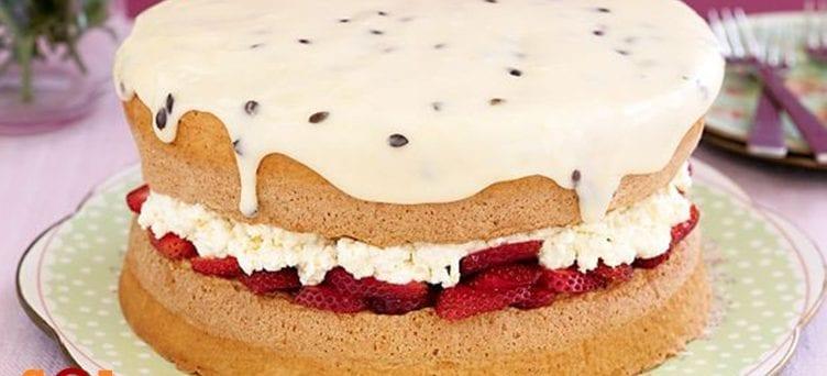 Ricotta and berry sponge cake recipe
