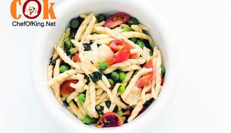 short-pasta-peas-torn-bocconcini-tomatoes