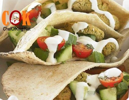 falafel-pockets-cucumber-tomato