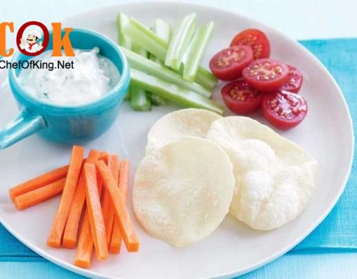 pappadums-vegie-bites-cucumber-yoghurt-dip