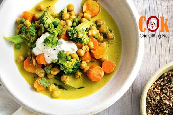 Chickpea, vegetable and coconut curry 1