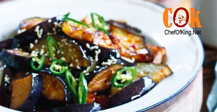 Spicy fried eggplant with sesame & chilli